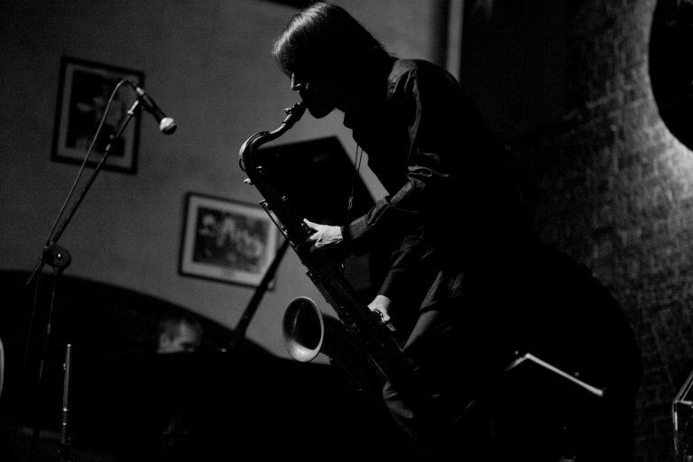 Nach Beendigung des Saxophon Studiums verlegte Fox seinen Lebensmittelpunkt nach Südostasien. In Shanghai gestaltete er die dort junge Jazzszene mit. Zahlreiche Konzerte auf Festivals und Clubs in China gestalteten die folgenden Jahre. Ebenso bereiste er oft den indischen Subkontinent, um dort klassische südindische Musik zu studieren und mit diversen interkulturellen Kooperations-Projekten zu arbeiten sowie auf Tourneen zu spielen. Seit 2008 ist Berlin wieder die Basis, zu der er immer wieder zurückkehrt. Konzertreisen führten ihn bereits auf alle fünf Kontinente. Bis heute sind eine Vielzahl von Rundfunk- und CD- Produktionen mit ihm entstanden.